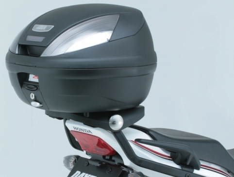【GIVI】E370NT 後箱 (平光黑)無燈(燻黑反光片)