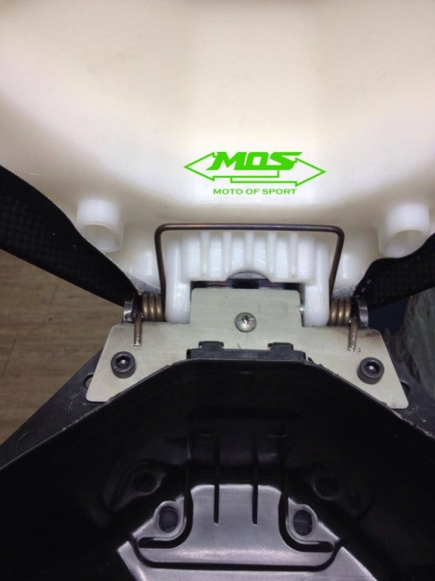 【MOS】Suzuki ADDRES V125 椅墊彈簧