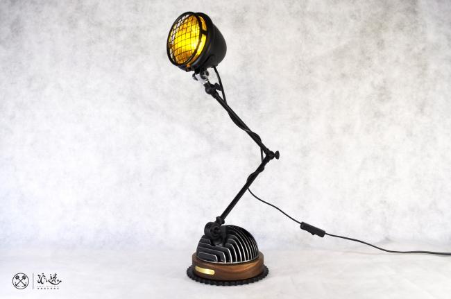 100S Table Lamp 汽缸蓋桌燈