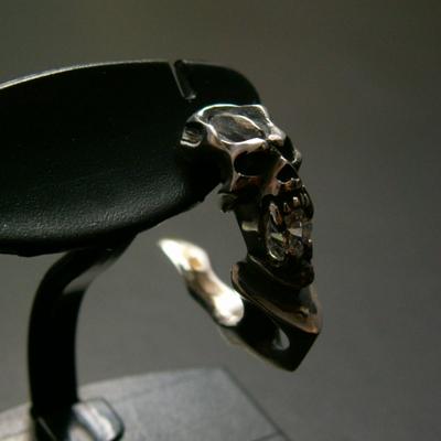 Attaker 耳環