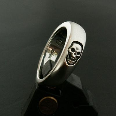 Pin Skull 戒指