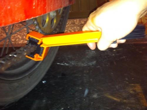 鍊條刷 Webike Garage
