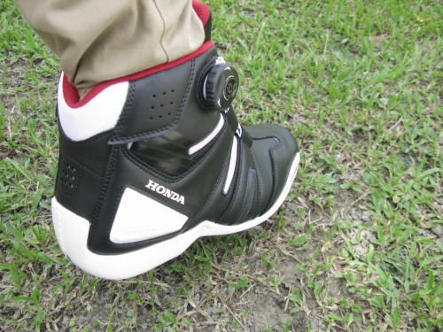 Dry master BOA騎士車靴 HONDA