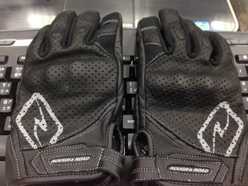 舒適關節防護打孔皮革手套 ROUGH&ROAD