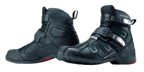 BK-083 防潑水Active騎士靴 (無腳趾滑塊)