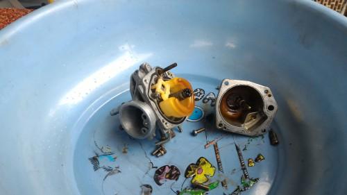 清理化油器最需要修理包