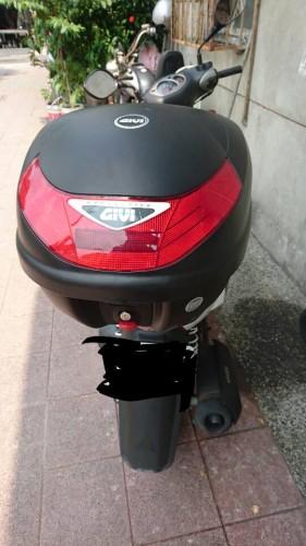 Mono Lock後置物箱 TOUR [E30TN] GIVI