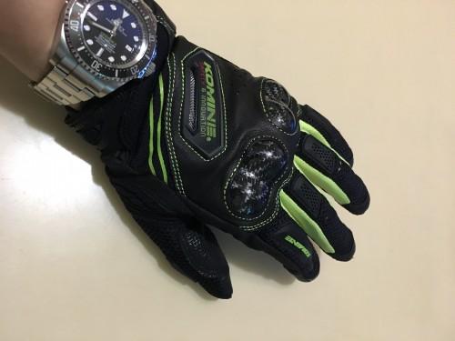 GK-187碳纖維防護網格手套 KOMINE