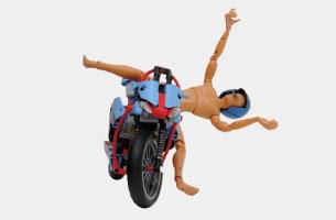 時速越低車身越不穩定,這正是摩托車的宿命